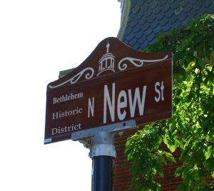 N New St Sign v2